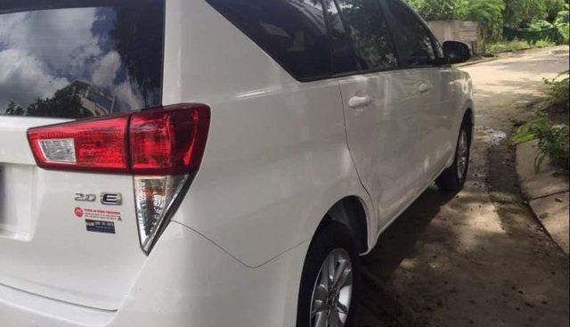 Bán Toyota Innova 2.0E 2018, màu trắng, chính chủ
