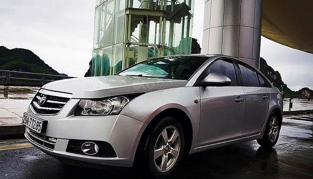 Cần bán Daewoo Lacetti CDX 1.6 AT sản xuất 2009, màu bạc