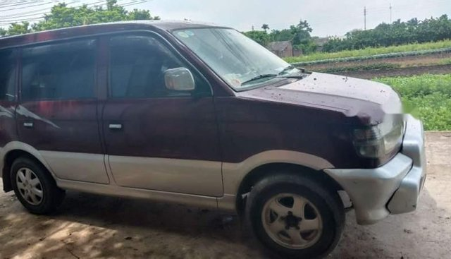 Cần bán gấp Mitsubishi Jolie sản xuất năm 2002, xe vẫn chạy đi làm hàng ngày