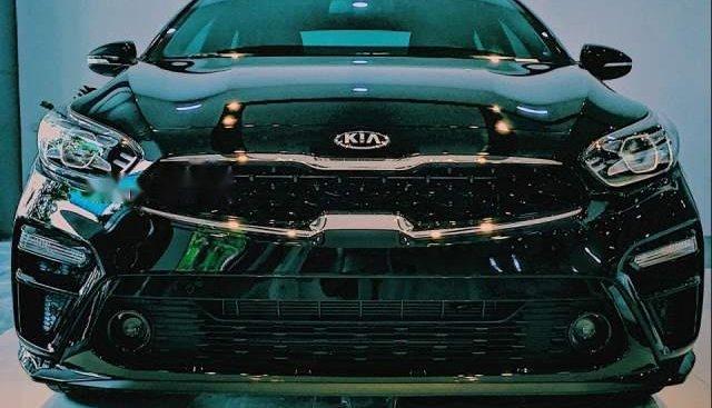 Bán Kia Cerato năm 2019, màu đen, mới hoàn toàn