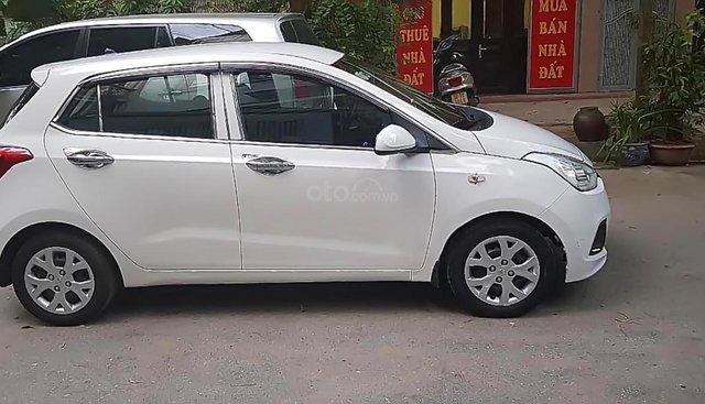 Bán Hyundai Grand i10 2015, màu trắng, nhập khẩu