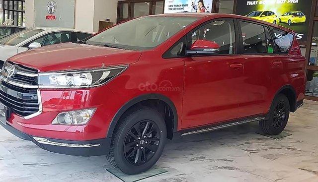 Bán Toyota Innova 2.0 Venturer năm sản xuất 2019, màu đỏ, giá 878tr