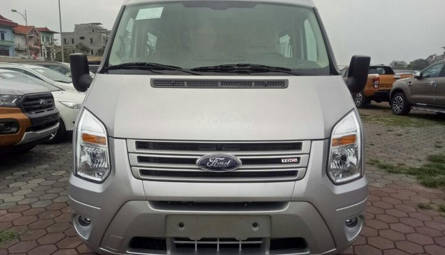 Cần bán xe Ford Transit đời 2019, 707tr, hỗ trợ trả góp đến 90%, tặng gói phụ kiện chính hãng, đủ màu giao ngay