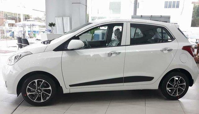 Bán ô tô Hyundai Grand i10 1.2MT đời 2019, màu trắng