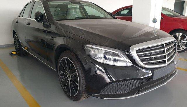 Bán Mercedes C200 Exclusive đời 2019, nhiều ưu đãi