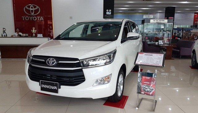 Toyota Innova 2019 KM tháng 7 sập sàn- banh nóc- tốc mái, Lh 0938805787