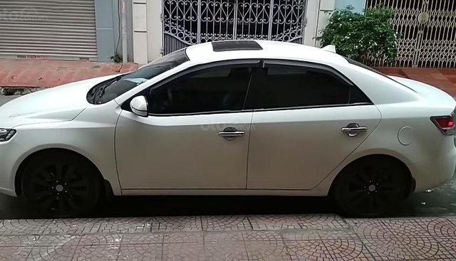 Xe Kia Forte sản xuất 2012, màu trắng xe gia đình, giá 380tr