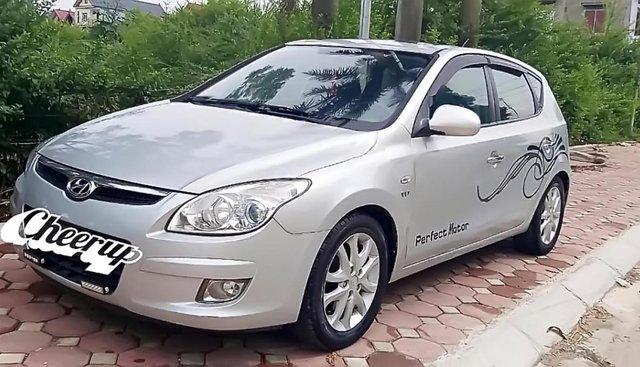 Bán Hyundai i30 năm sản xuất 2008, màu bạc, nhập khẩu
