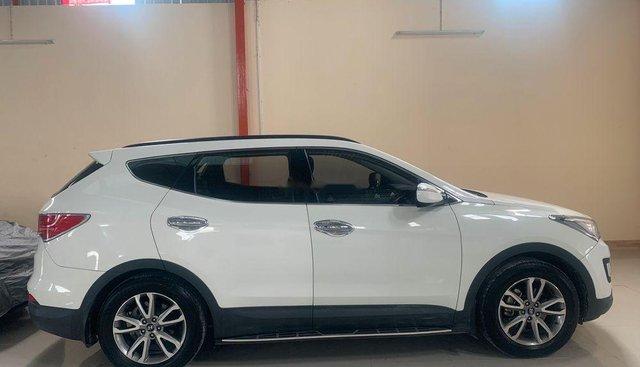 Bán xe Hyundai Santa Fe năm sản xuất 2013, màu trắng