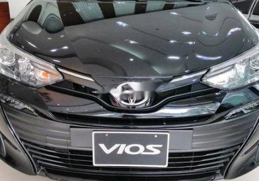 Bán Toyota Vios đời 2019, màu đen, 460tr