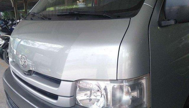 Cần bán xe Toyota Hiace năm 2009, nhập khẩu