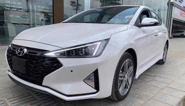 Hyundai Elantra 2019 - tặng gói phụ kiện trị giá 30 triệu