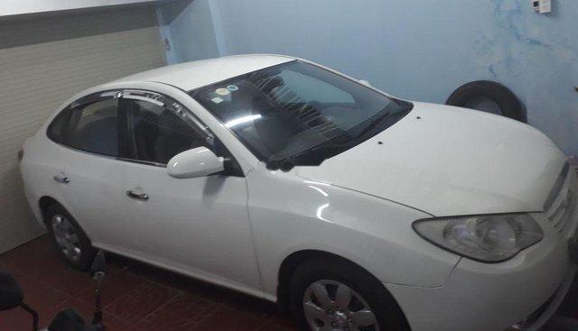 Chính chủ bán xe Hyundai Elantra đời 2011, màu trắng
