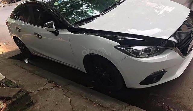 Cần bán chiếc xe Mazda 3 màu trắng, xe chính chủ đời 2016