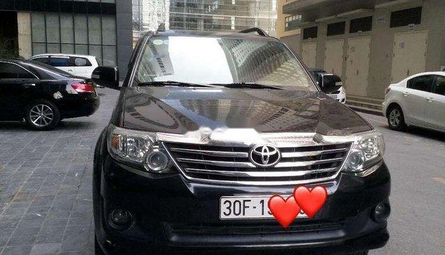Bán Toyota Fortuner 2.7V 2012, màu đen, xe gia đình, giá tốt