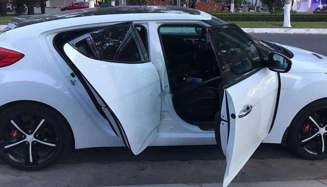 Bán Hyundai Veloster 2012, màu trắng, nhập khẩu, giá tốt