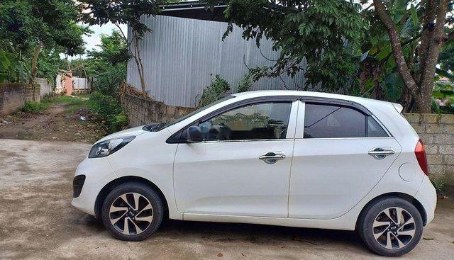 Cần bán gấp Kia Morning sản xuất 2013, màu trắng, xe đẹp không lỗi nhỏ