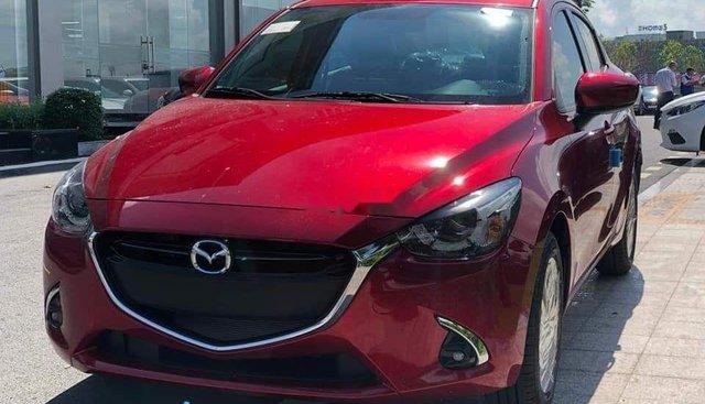 Bán ô tô Mazda 2 năm sản xuất 2019, màu đỏ, xe nhập