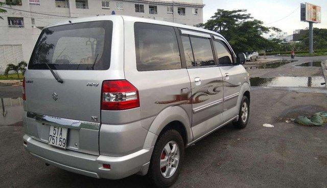 Bán Suzuki APV đời 2007, màu bạc, máy xăng 1.6, tiêu hao nhiên liệu khoảng 8L/100km