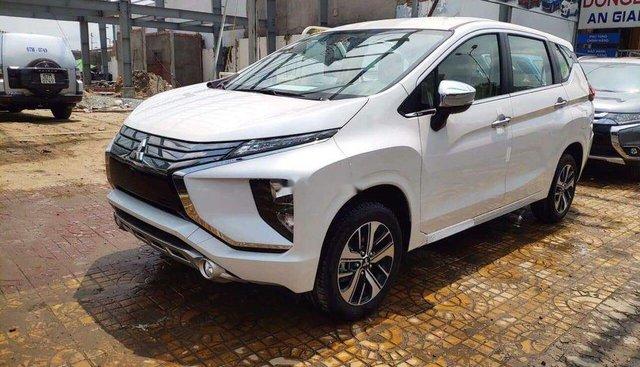 Bán Mitsubishi Xpander năm sản xuất 2019, màu trắng, xe nhập