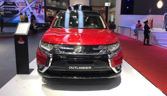 Bán Mitsubishi Outlander 2.0 CVT STD CKD - 97% linh phụ kiện được nhập khẩu từ Nhật Bản