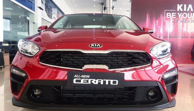 Bán Kia Cerato (new) 2019, màu đỏ
