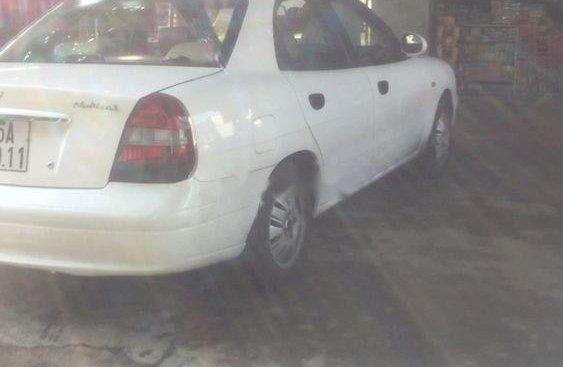 Cần bán lại xe Daewoo Nubira đời 2002, màu trắng, 92 triệu