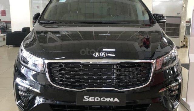 Kia Sedona Deluxe 2019 trả góp, đủ màu, thủ tục nhanh gọn--> giao ngay tận nhà
