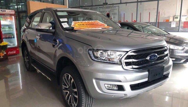 Ford Everest 2019 xe giao ngay, giảm tiền mặt cực khủng, giá trên chưa phải giá cuối cùng. ☎️ Mr Dũng - 0908.937.238
