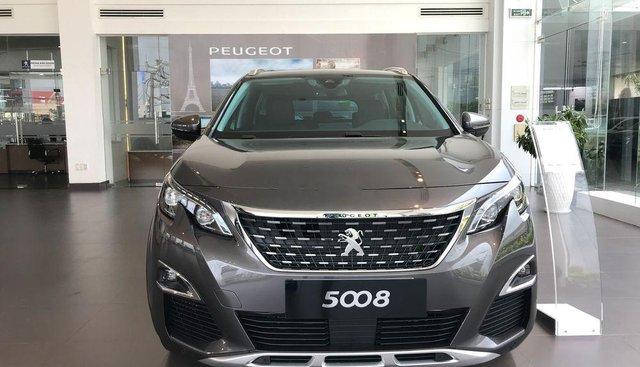 Cần bán Peugeot 5008 sản xuất năm 2019, màu xám
