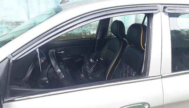 Cần bán Kia Morning đời 2011, màu bạc, giá 180tr