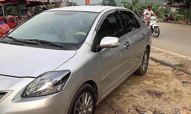 Bán Toyota Vios 1.5E 2013, màu bạc