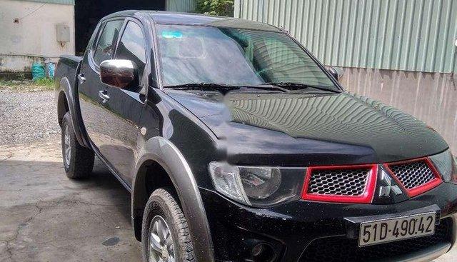 Bán ô tô Mitsubishi Triton sản xuất năm 2011, nhập khẩu nguyên chiếc,  Đk  2011