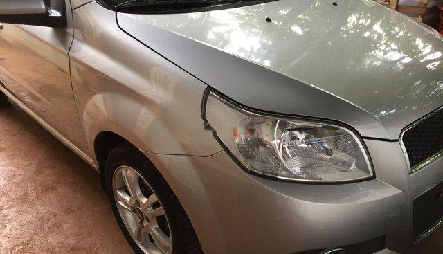 Bán Chevrolet Aveo 2015, màu bạc, nhập khẩu
