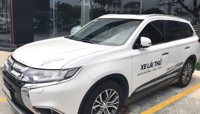Cần bán xe Mitsubishi Outlander 2.4 CVT sản xuất năm 2018, màu trắng số tự động, giá 930tr