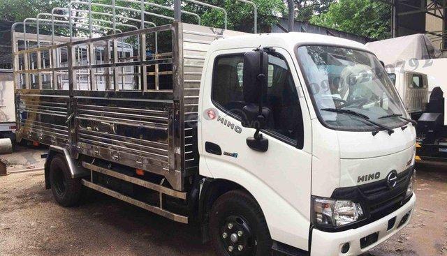 Bán Hino XZU650 tải trọng 1,9 tấn thùng dài 4,5m