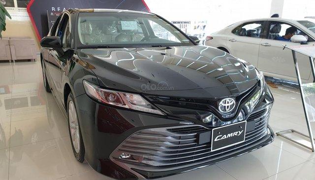 Bán Toyota Camry 2019 2.0G, nhập khẩu Thái Lan - Trả trước chỉ từ 300 triệu nhận xe ngay
