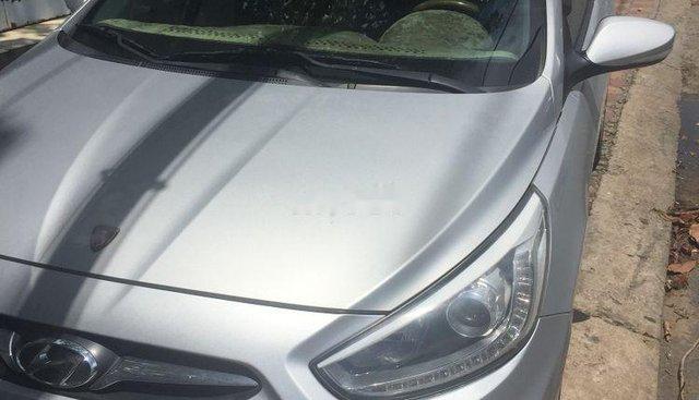 Bán Hyundai Accent đời 2013, màu bạc, xe gia đình sử dụng còn mới