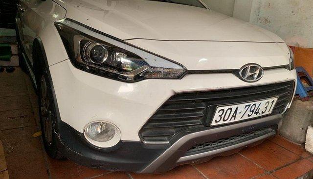 Cần bán lại xe Hyundai i20 đời 2015, màu trắng, xe nhập chính chủ