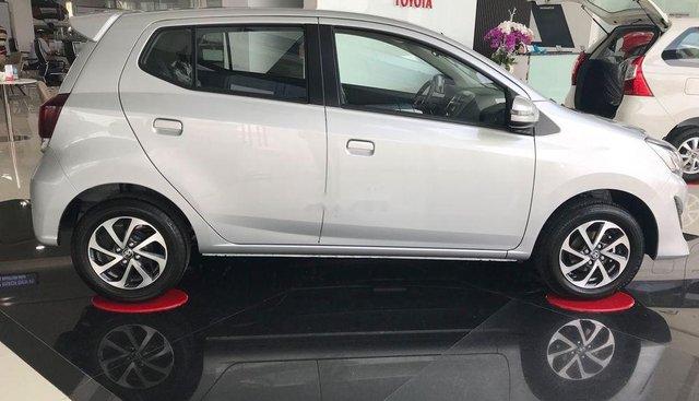 Bán Toyota Wigo sản xuất năm 2019, màu bạc, nhập khẩu số sàn, giá tốt