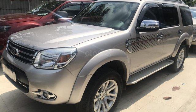 Bán xe Ford Everest 2.5 L số tự động, sản xuất năm 2014, màu nâu