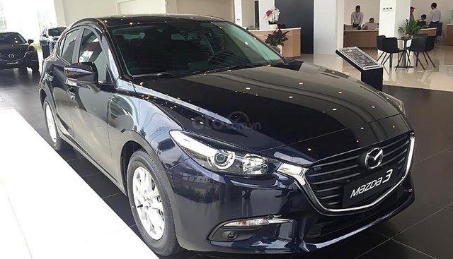 Bán ô tô Mazda 3 Facelift đời 2019, màu xanh lam