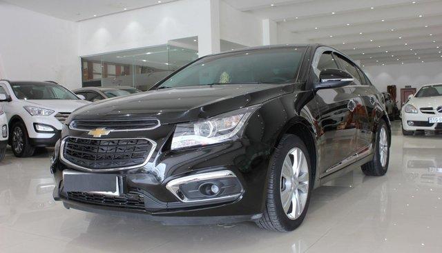 Bán Chevrolet Cruze LTZ số tự động 2017, màu đen giá 490 triệu