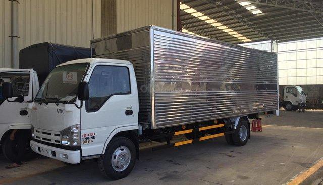 Bán xe tải Isuzu thùng kín lọt lòng 6m2 x 2m x 1m9 vào thành phố