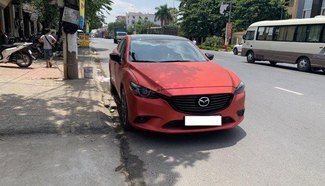 Bán xe Mazda 6 2018 Premium năm sản xuất 2018, màu đỏ