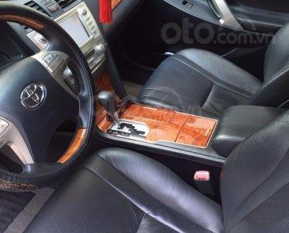 Bán gấp Toyota Camry 2.0E đời 2011 màu đen sang trọng, nhập khẩu nguyên chiếc