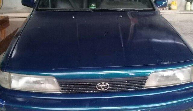 Bán xe Toyota Camry đời 1989, nhập khẩu nguyên chiếc, giá cạnh tranh
