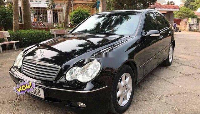 Bán Mercedes C class đời 2003, màu đen, chính chủ