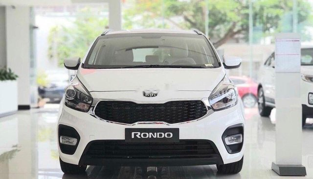 Bán xe Kia Rondo đời 2019, màu trắng
