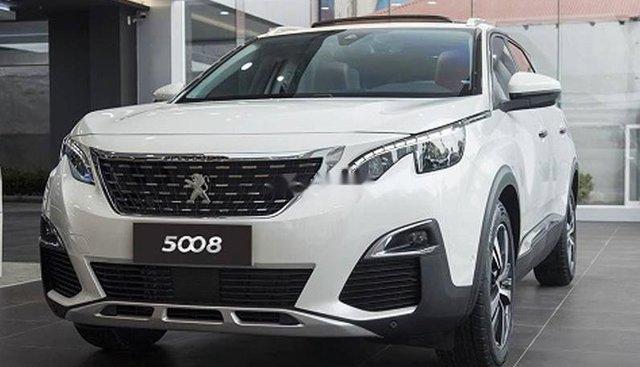 Cần bán Peugeot 5008 đời 2019, màu trắng, nhập khẩu nguyên chiếc